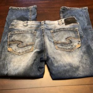 Silver jeans waist 36/L32. Great shape!